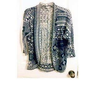 Aztec/tribal print sweater nwot